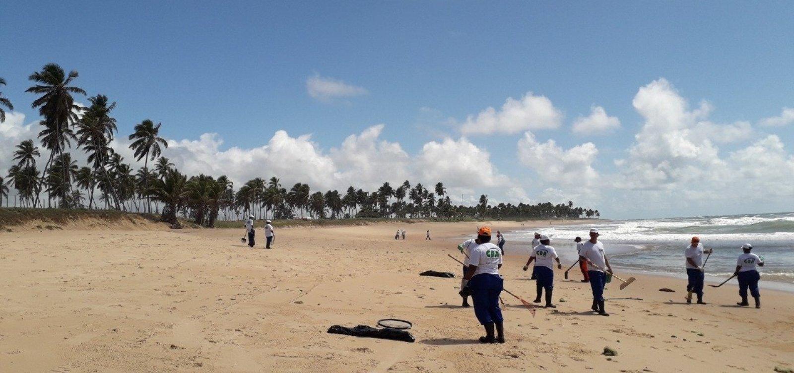 Quinze toneladas de óleo já foram retiradas de Praia do Forte e outras localidades de Mata