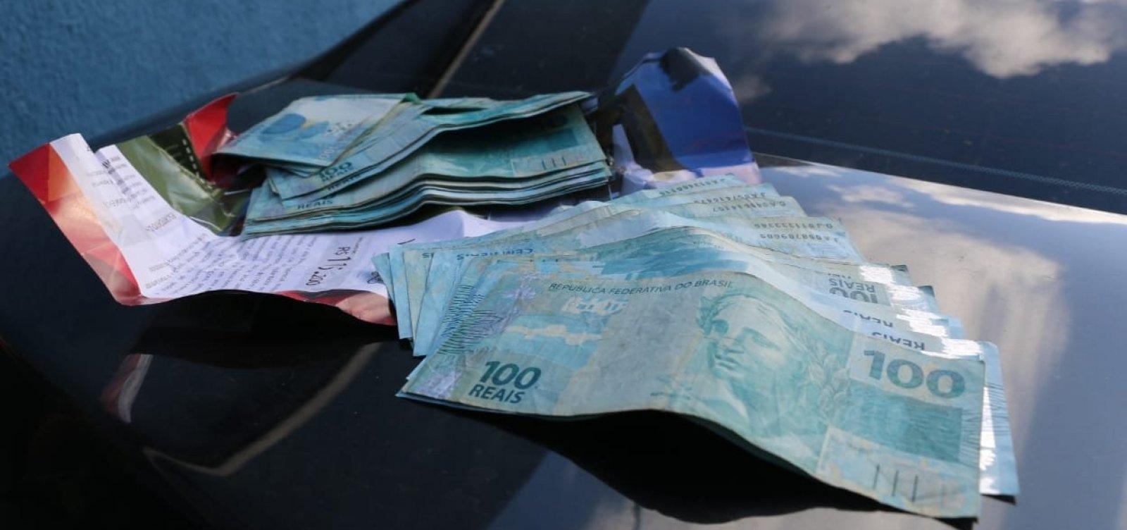 Na Aspra, MP encontra munições e dinheiro em carro da AL-BA