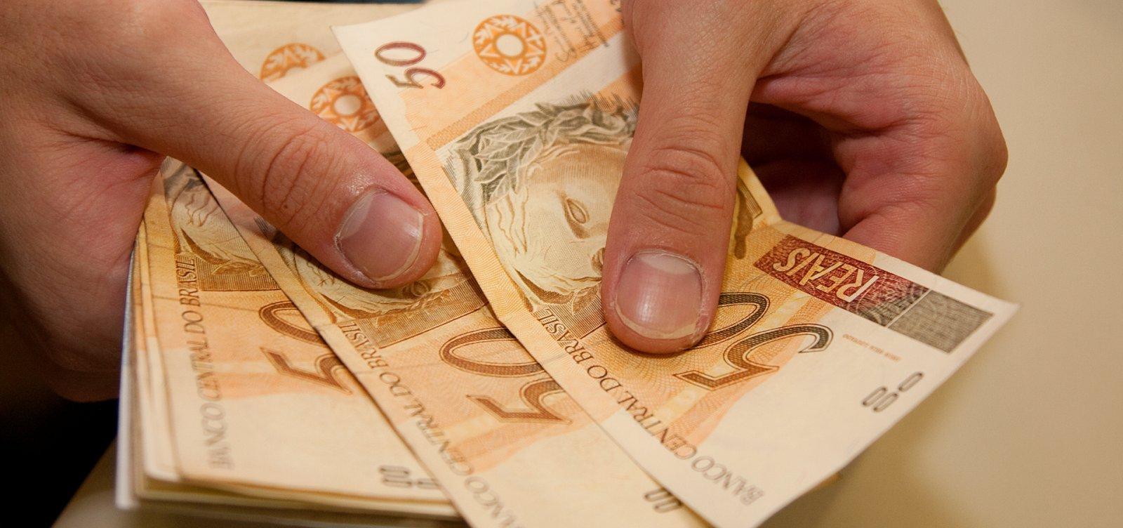 Diferença salarial entre pobres e ricos é recorde, aponta IBGE