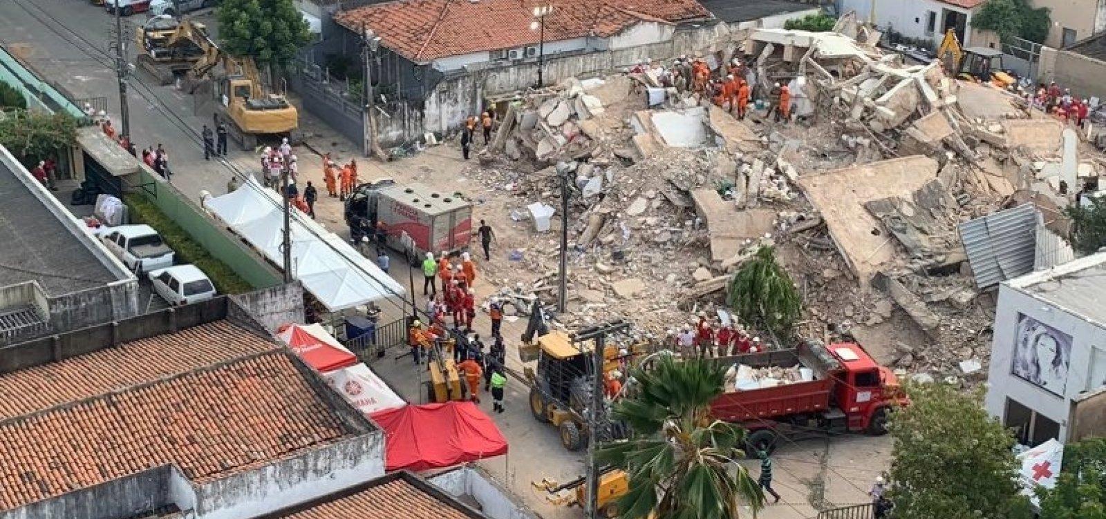 Bombeiros confirmam 4ª morte após queda de prédio em Fortaleza