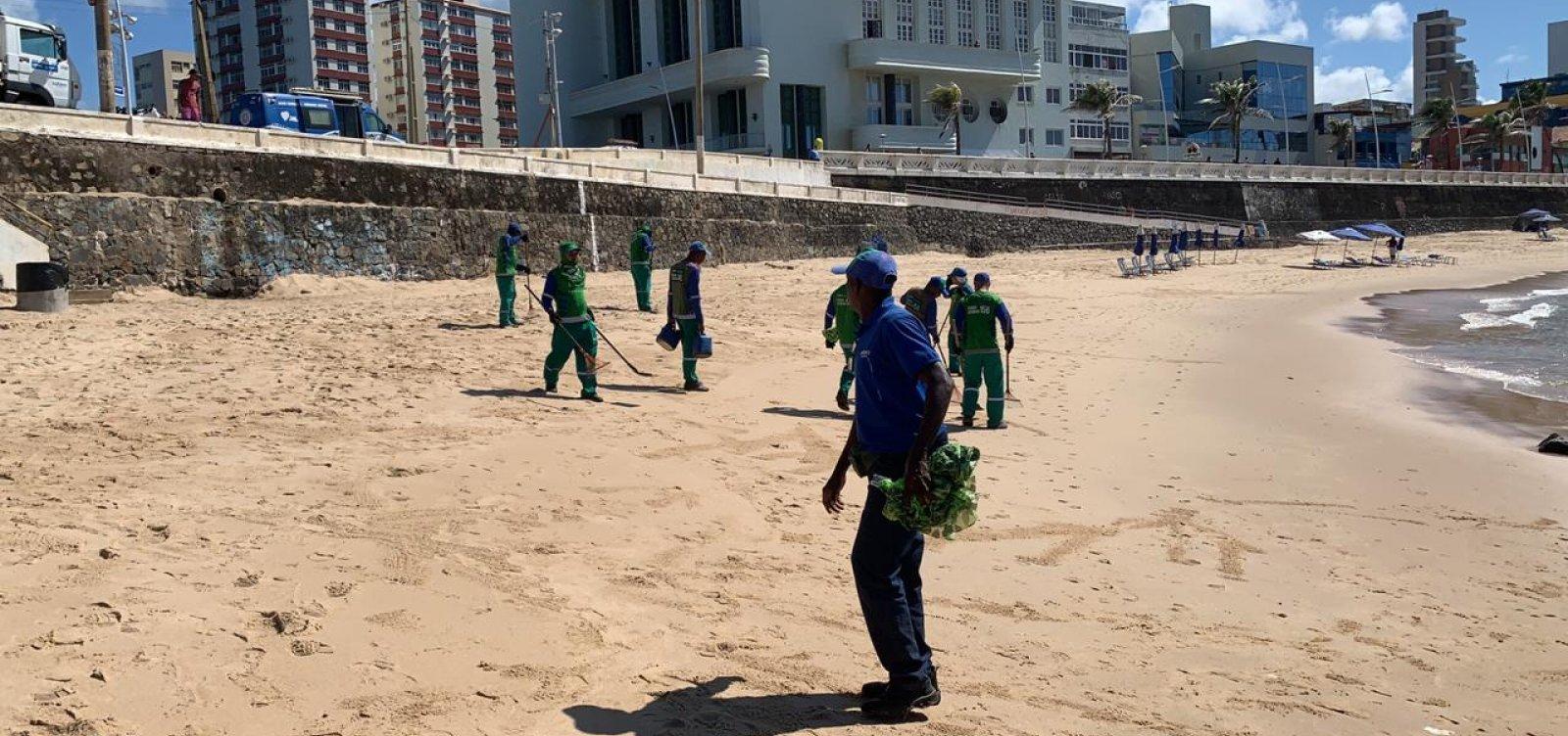 Manchas de óleo chegam às praias de Ondina e Farol da Barra
