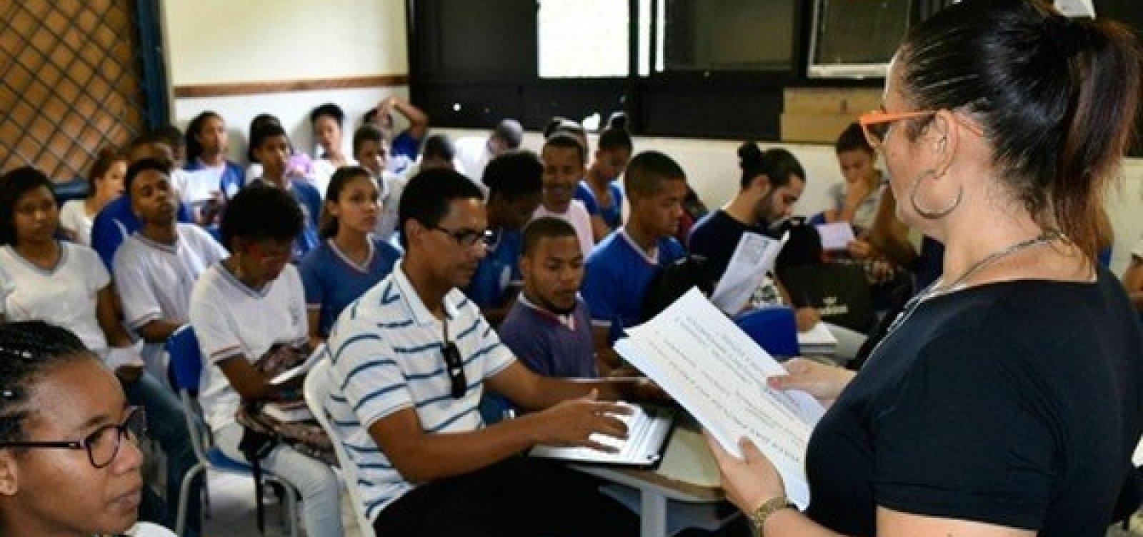 Inscrições de concurso para contratação de professores na rede estadual começam amanhã