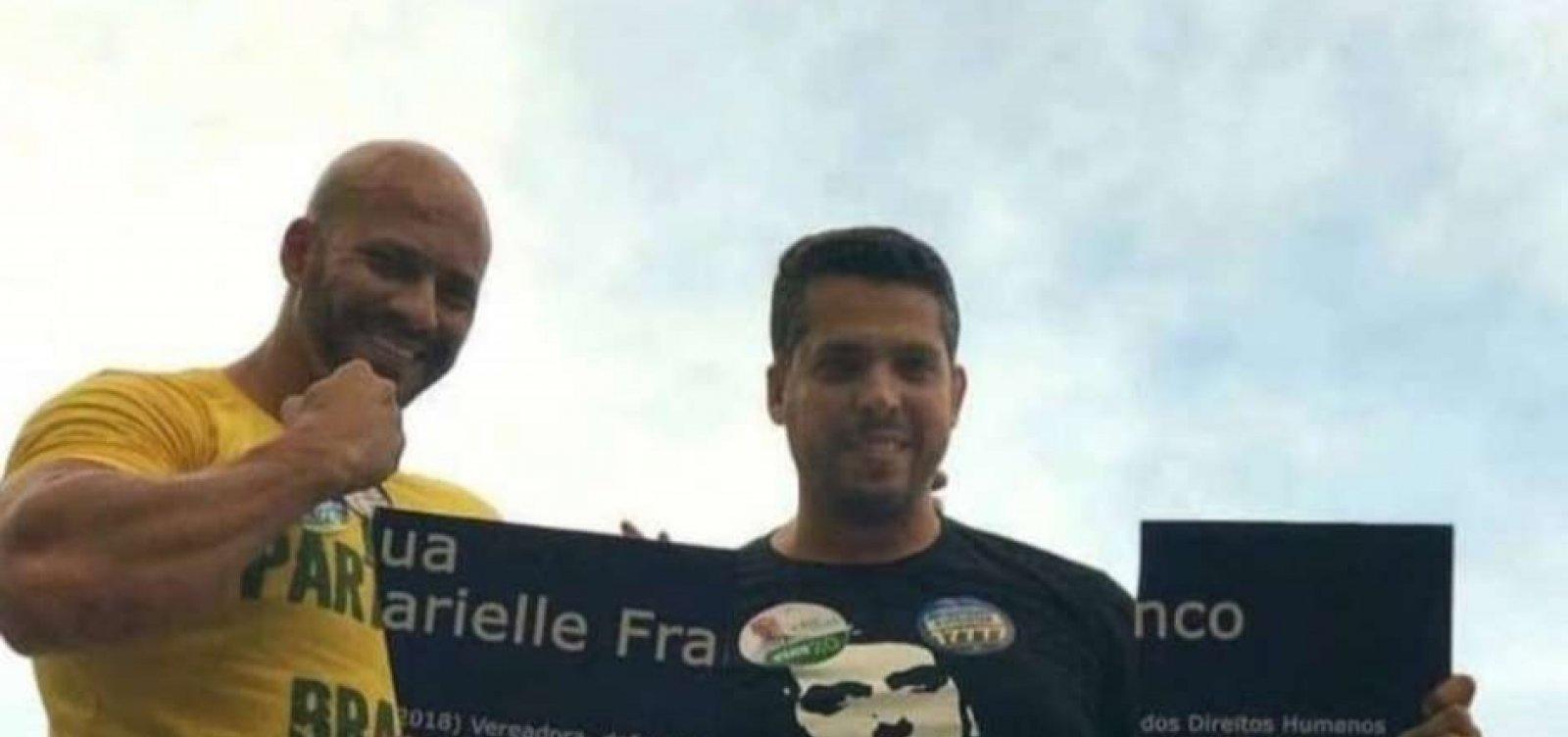 Ex-CQC relata agressão de deputado que quebrou placa de Marielle