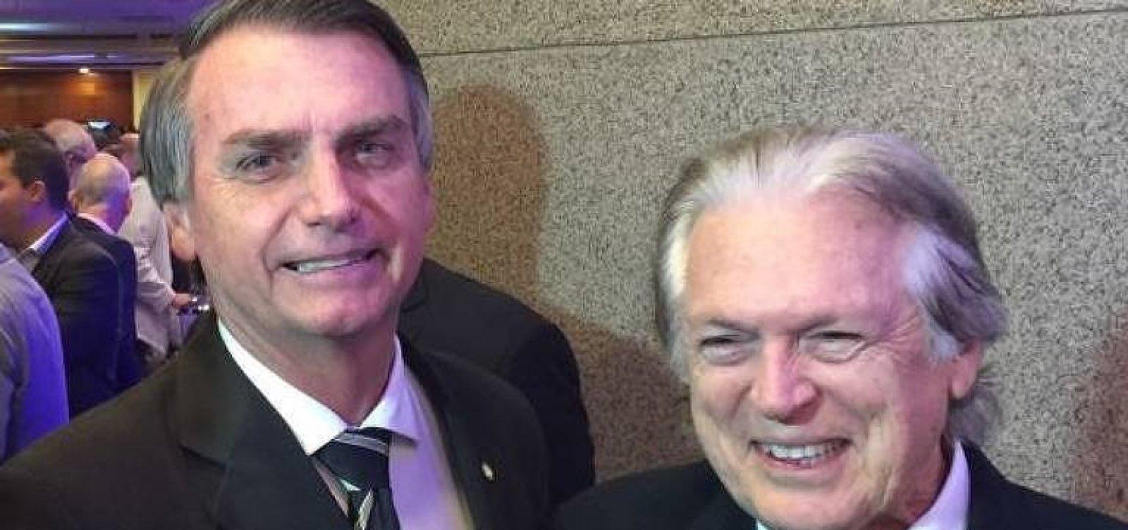 PSL suspende cinco deputados bolsonaristas e inclui aliados a Bivar no diretório nacional