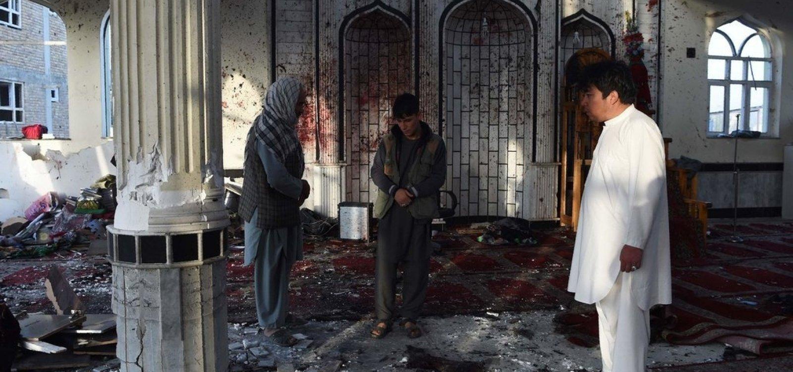 Ataque a mesquita no Afeganistão deixa 62 mortos e 40 feridos