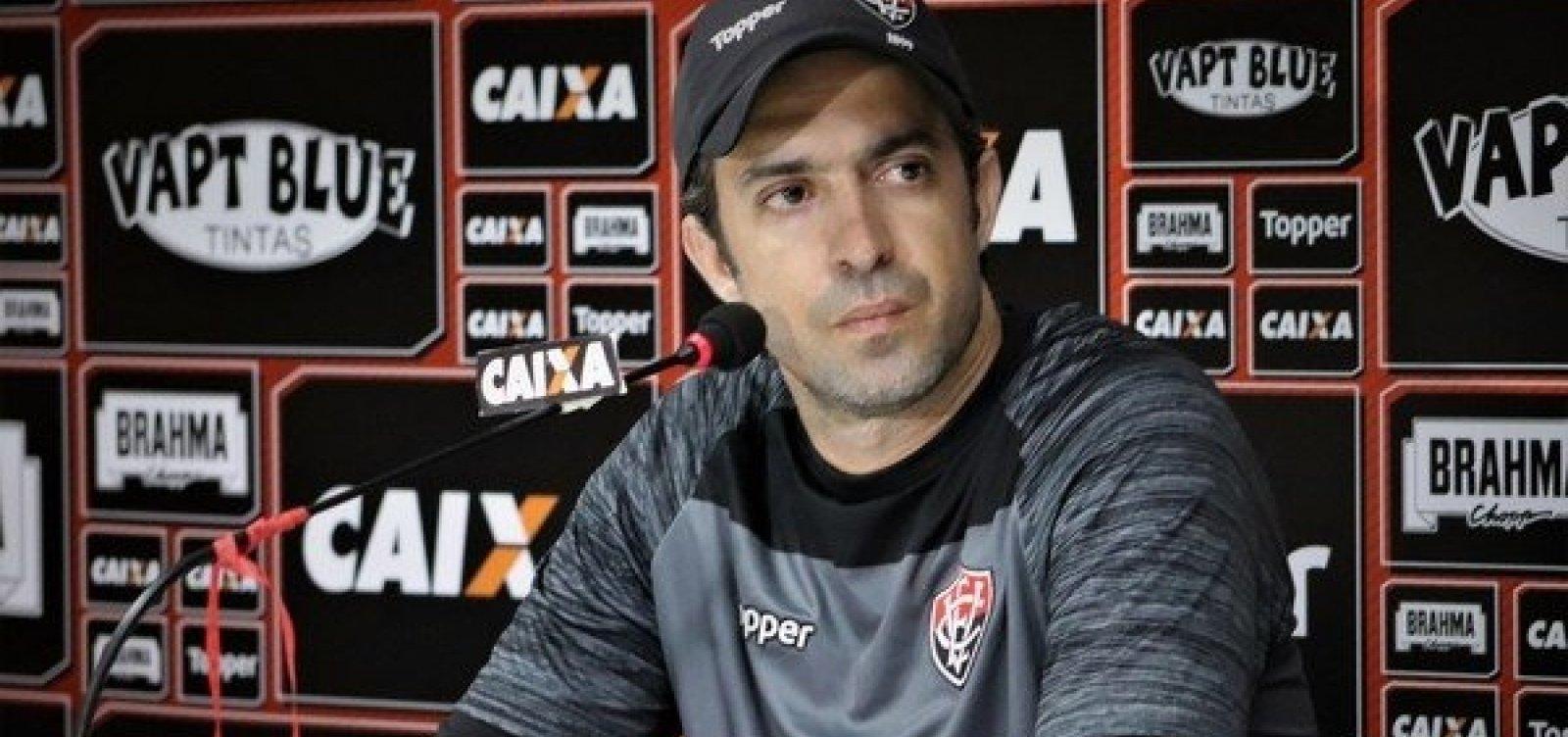 Após três anos, João Burse deixa o comando do time Sub-23 do Vitória