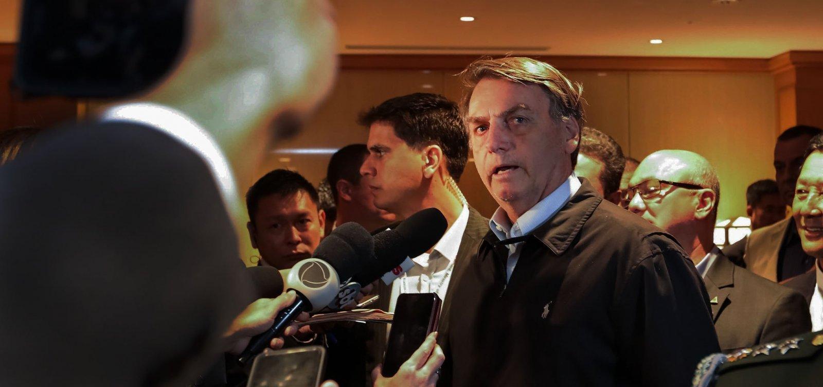 Bolsonaro prefere que Eduardo fique no Brasil para 'pacificar' PSL