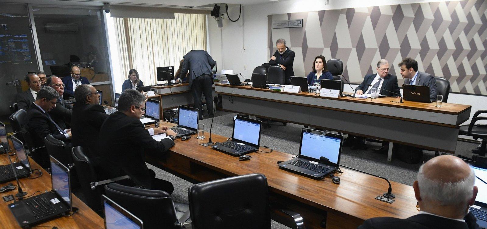 CCJ do Senado aprova último relatório da reforma da Previdência