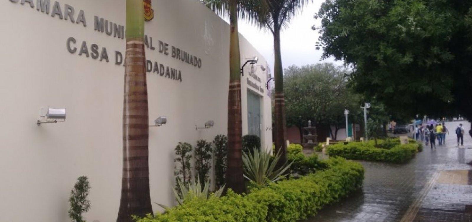 Após autorizar empréstimo de R$ 20 mi, Câmara de Brumado permite prefeito a tomar outro de R$ 5 mi