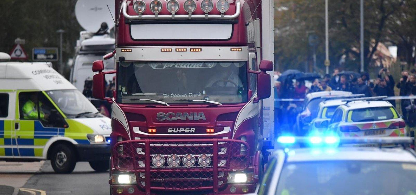 Mortos encontrados em caminhão no Reino Unido eram chineses