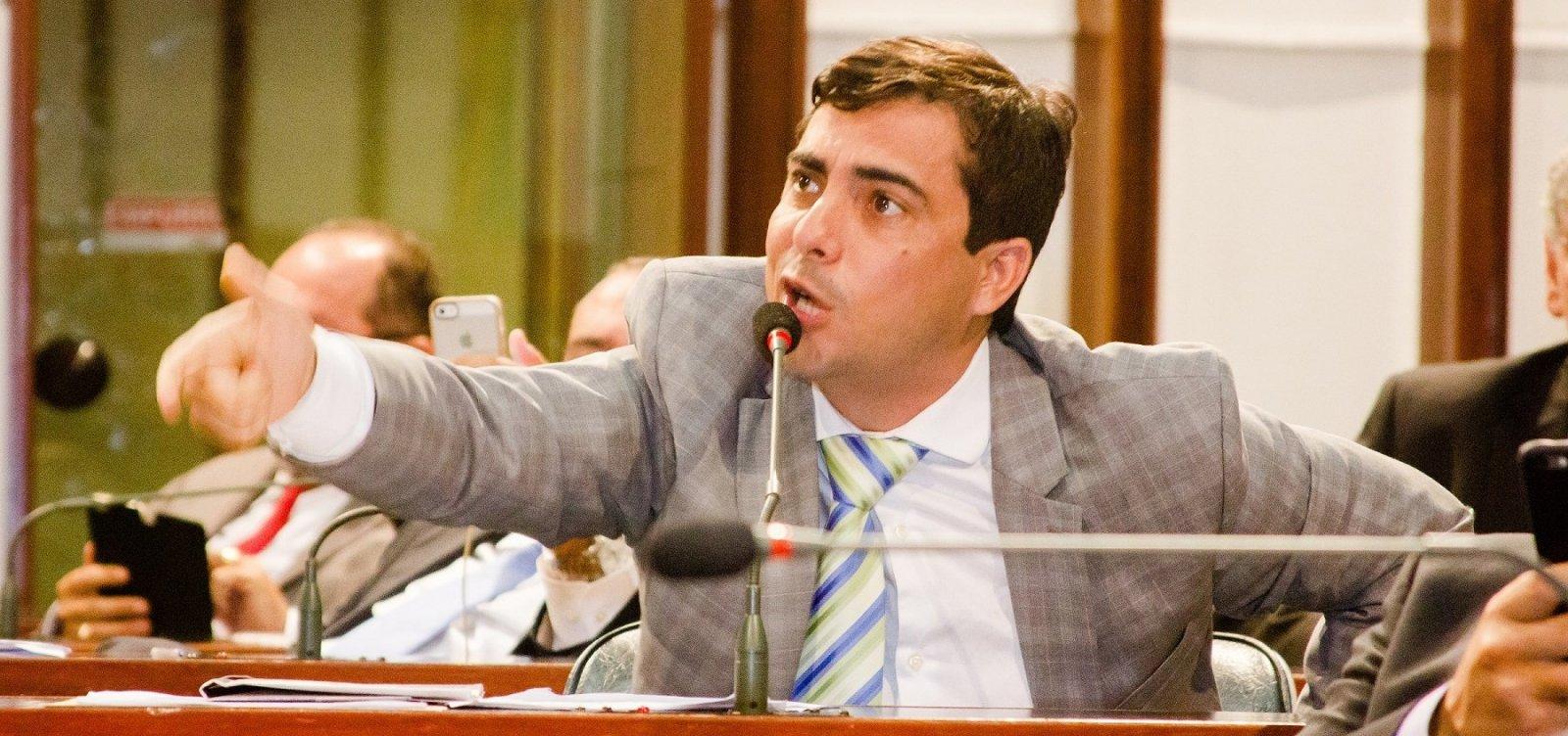 Assessor denuncia ter sido agredido em apartamento de Marcell Moraes