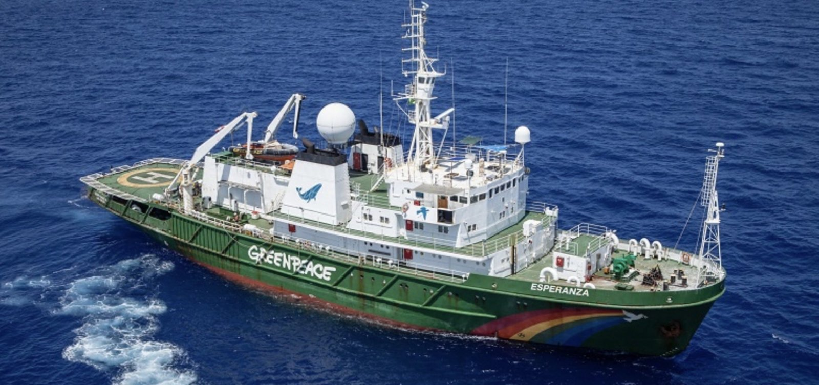Greenpeace vai à Justiça contra Salles por insinuar autoria de vazamento de óleo