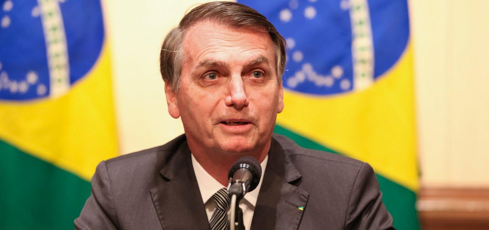 Bolsonaro diz que trabalhadores querem 'menos direito e mais emprego'