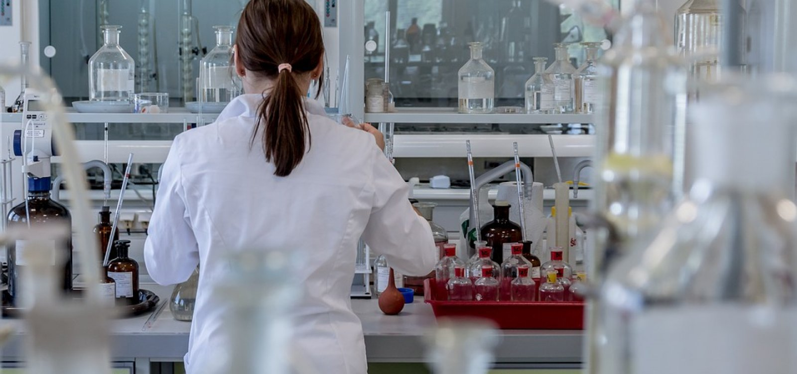 Pesquisadores descobrem molécula que pode tratar câncer de ovário