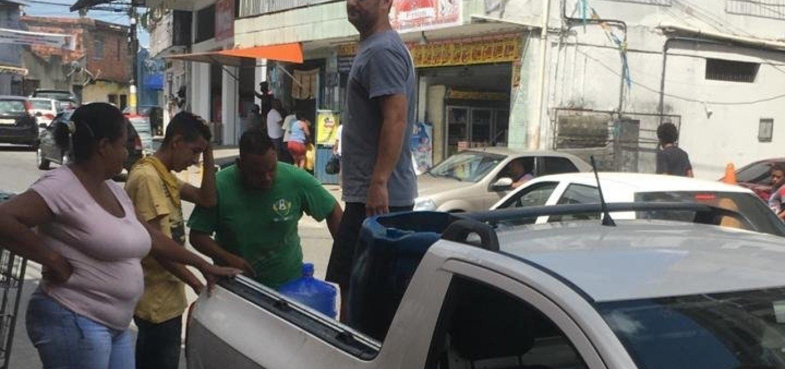 Moradores reclamam de falta de abastecimento de água em Pau da Lima