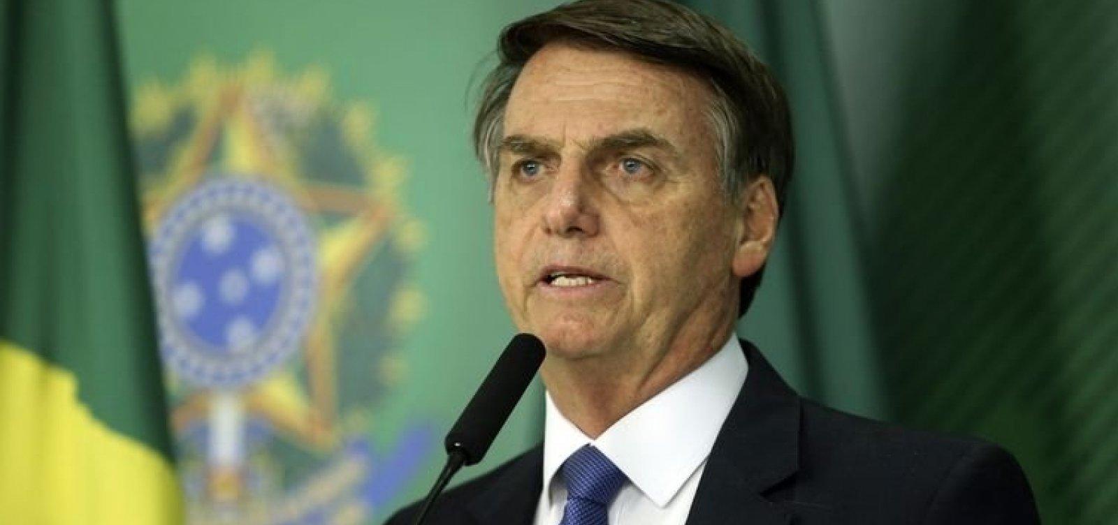 Bolsonaro diz que Brasil deixou de se armar por ideologia