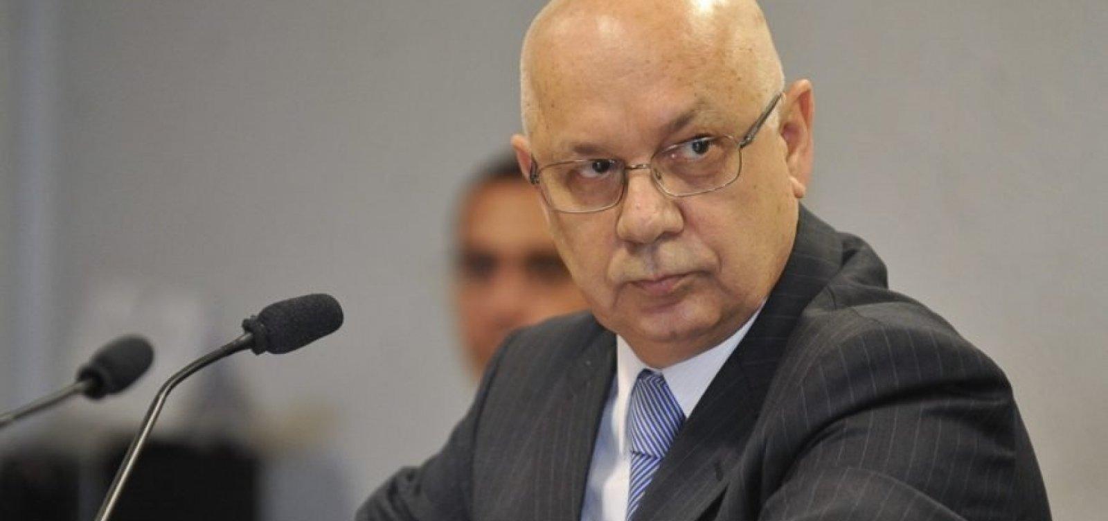 Vaza Jato: procuradores teriam convencido Teori Zavascki a manter empreiteiros presos