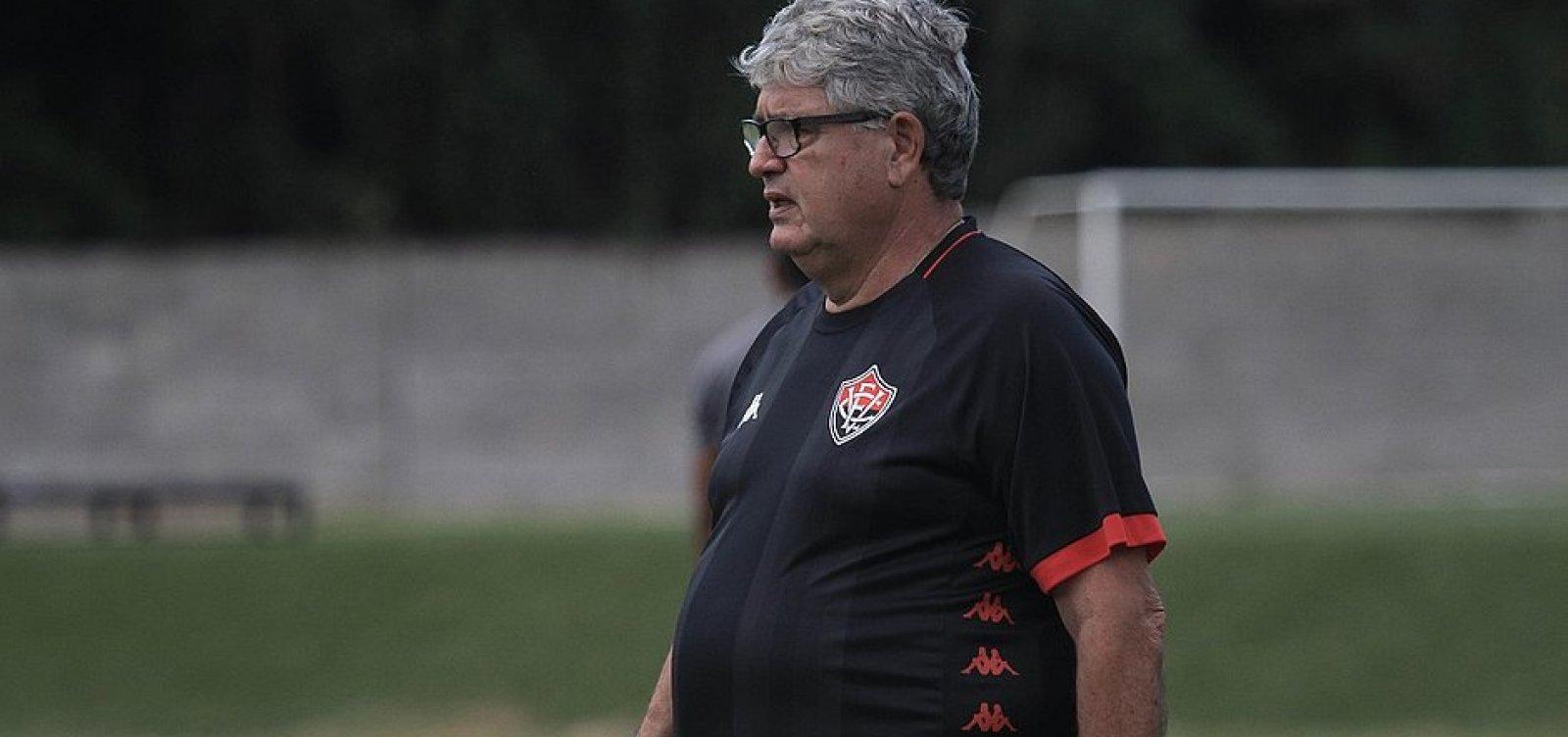 Geninho elogia desempenho do Vitória diante da Ponte Preta e valoriza resultado: 'Importantíssimo'