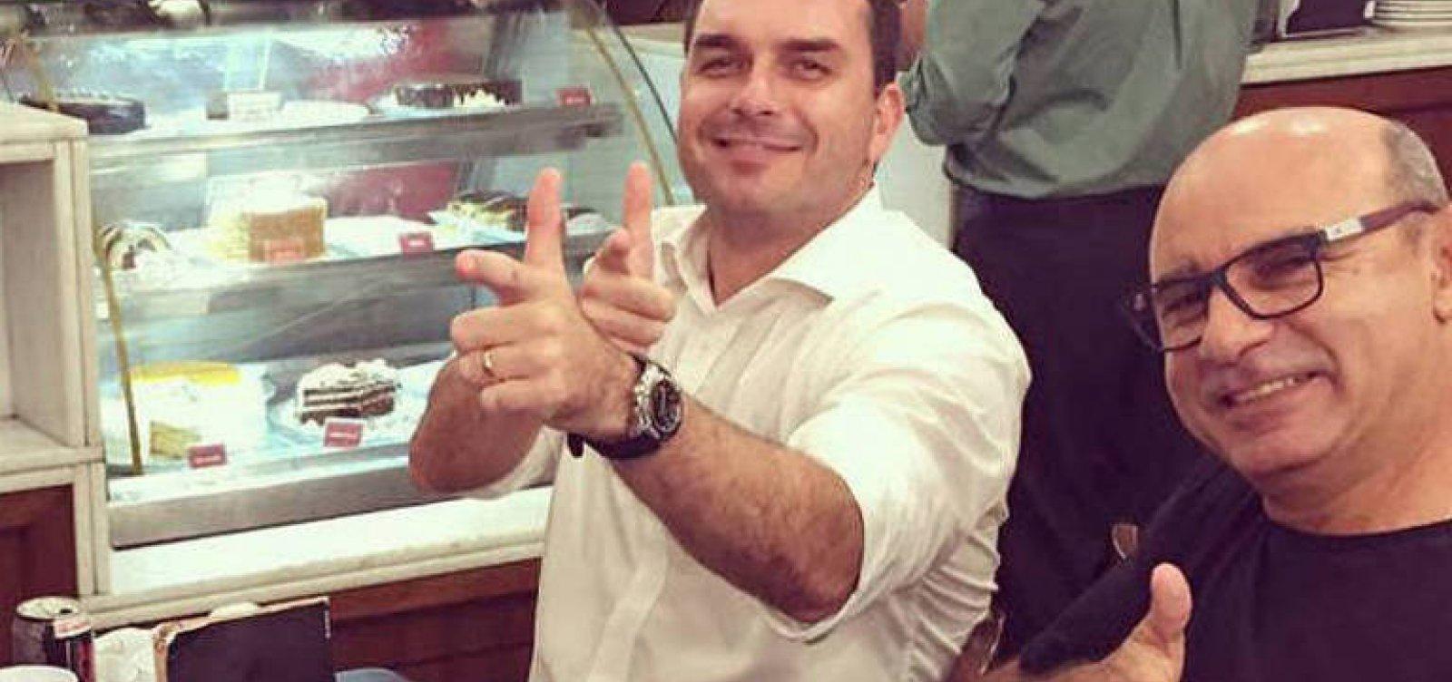 MP tem um 'cometa para enterrar na gente', diz Queiroz em áudio