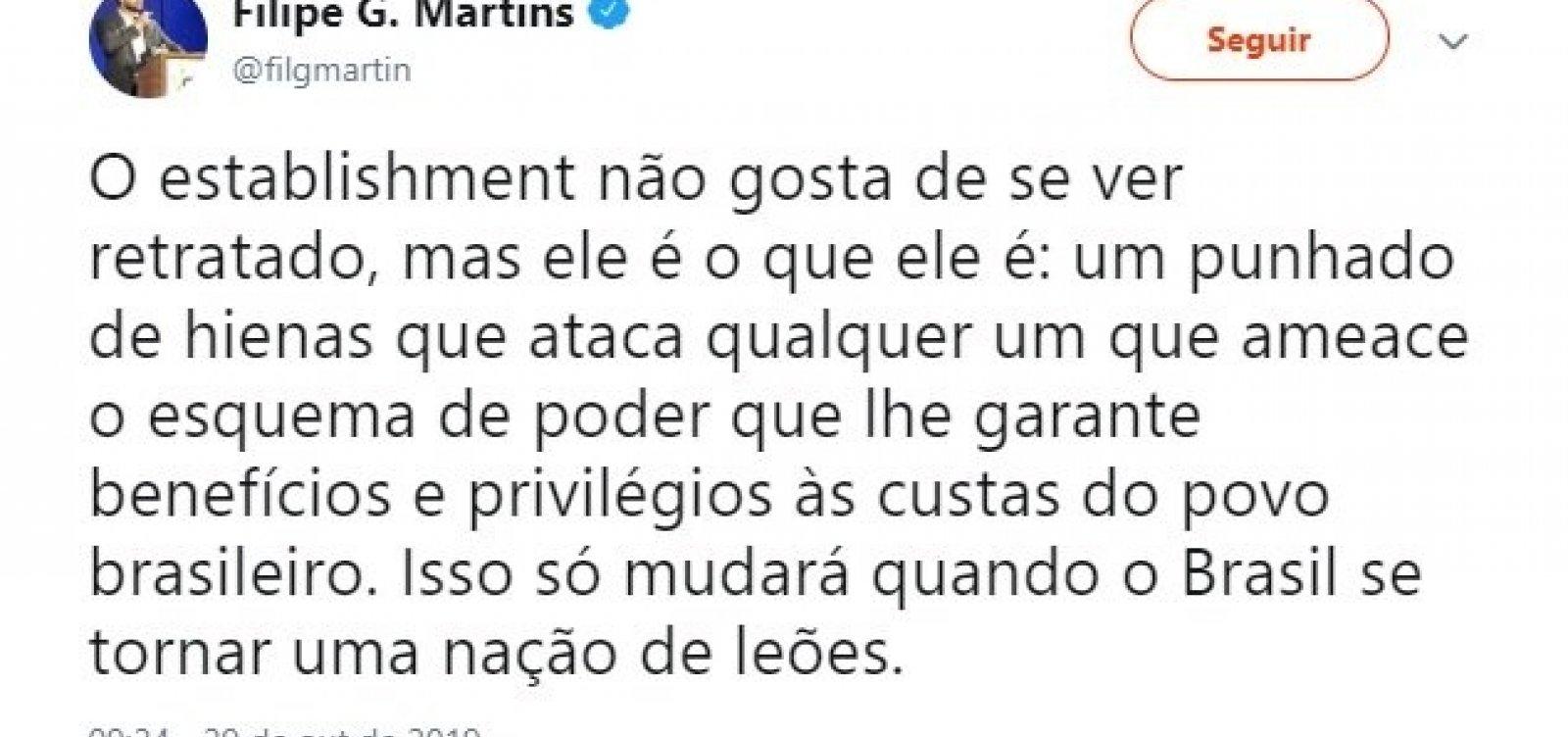 Assessor do presidente Bolsonaro reforça narrativa 'de leão e hienas'
