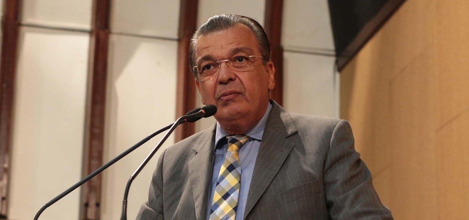 Relator no TRE-BA vota por cassação de Targino Machado; pedido de vista suspende sessão