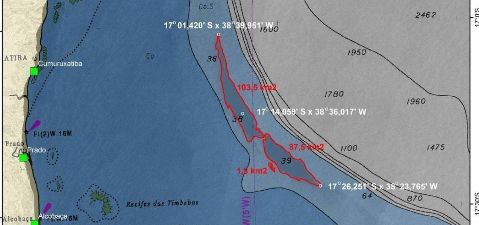 Pesquisadores do Rio encontram grande mancha de óleo no mar perto da costa na Bahia