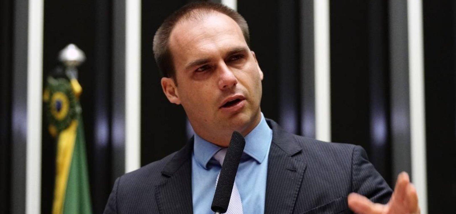 'Talvez eu tenha sido infeliz em falar do AI-5', diz Eduardo Bolsonaro