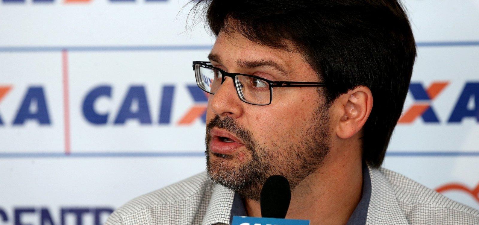 Presidente do Bahia critica arbitragem de jogo contra o Santos: 'Merdinhas'