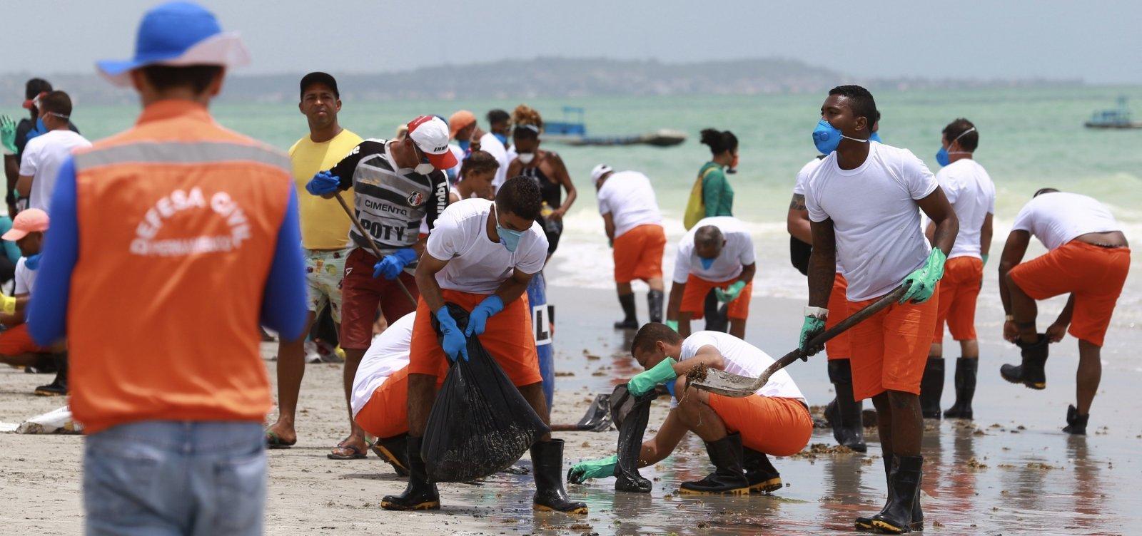 Governo ignorou envio de técnicos especialistas em óleo do Ibama para praias