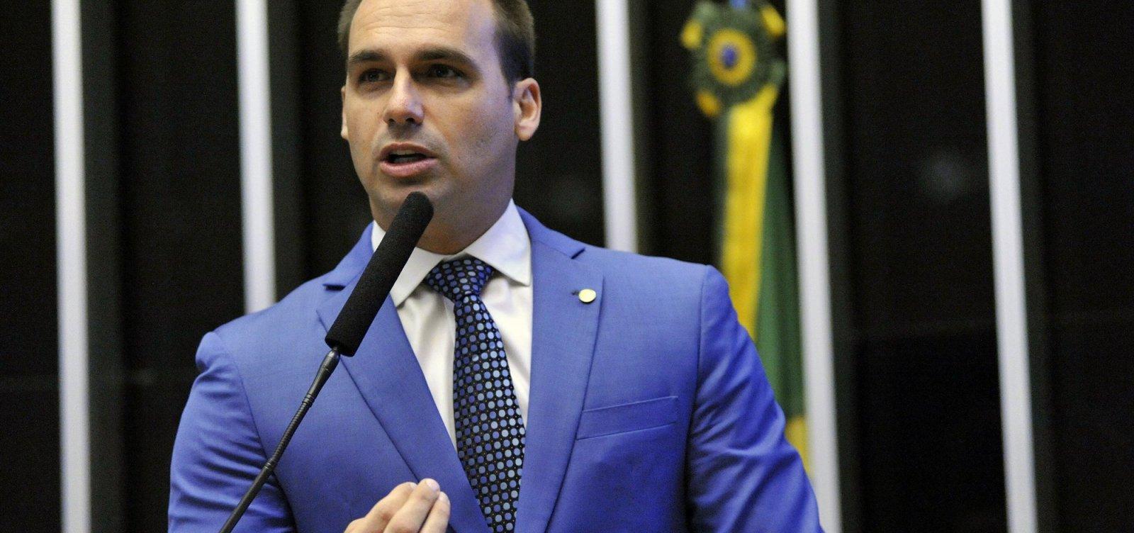 Eduardo Bolsonaro está protegido por imunidade parlamentar, diz cúpula da PGR