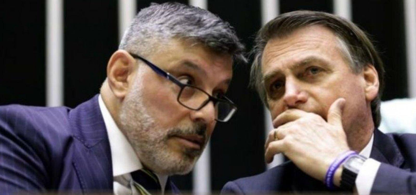 Frota publica vídeo em que Bolsonaro diz que quer 'continuar transando' com deputado
