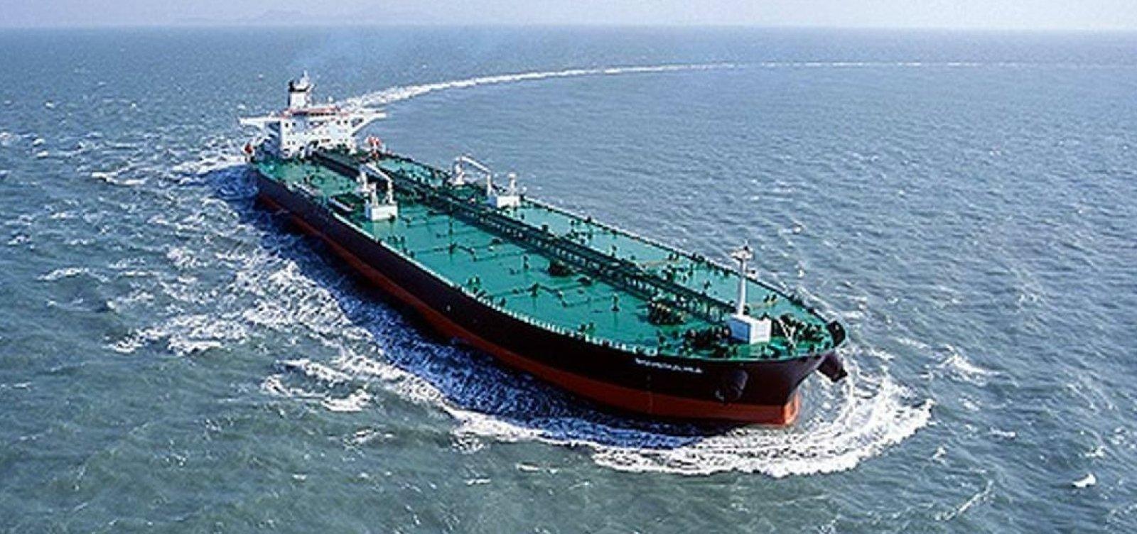 Navio Bouboulina é responsável pelo vazamento de petróleo, diz PF