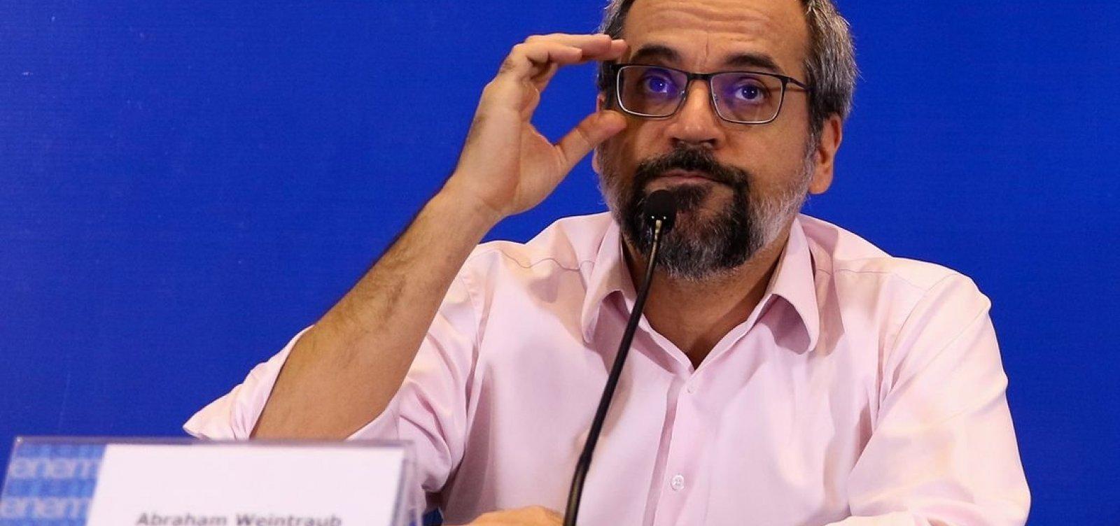 'Enem não é para polemizar', diz ministro sobre falta de questões sobre ditadura