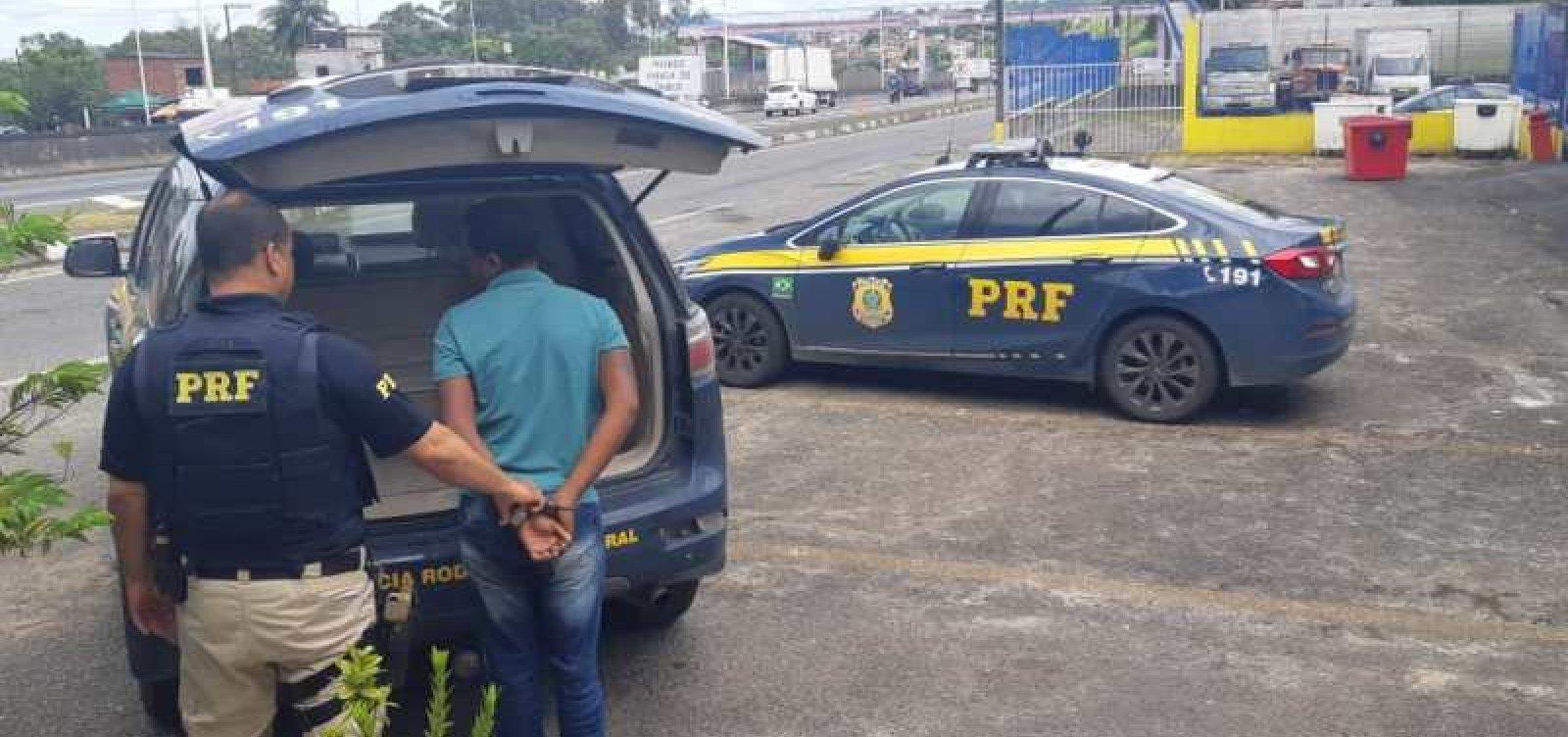 Homem apontado como um dos maiores assaltantes de ônibus da RMS é preso