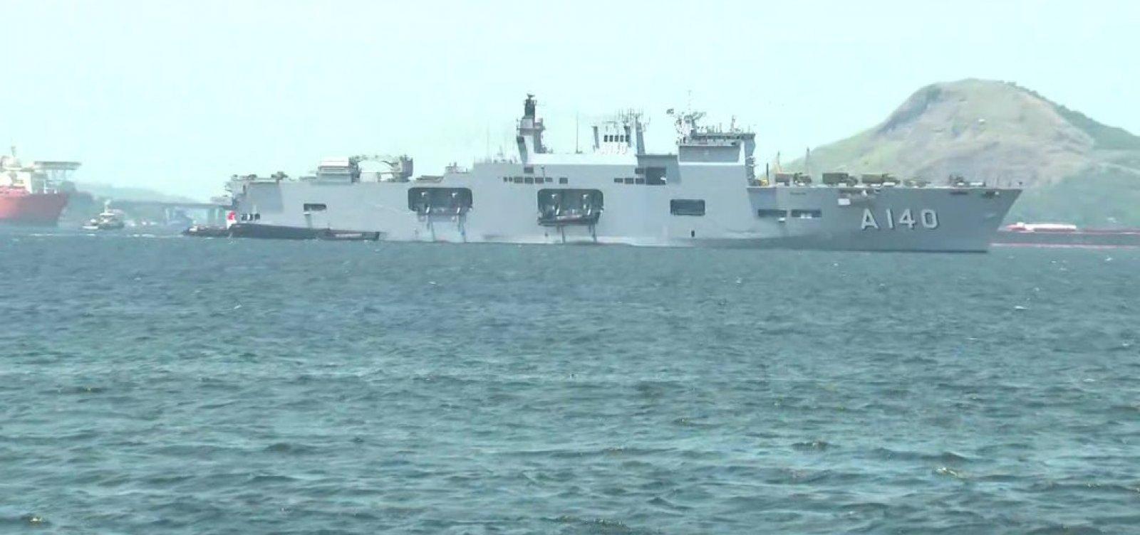 Marinha envia seus dois maiores navios para auxiliar Nordeste