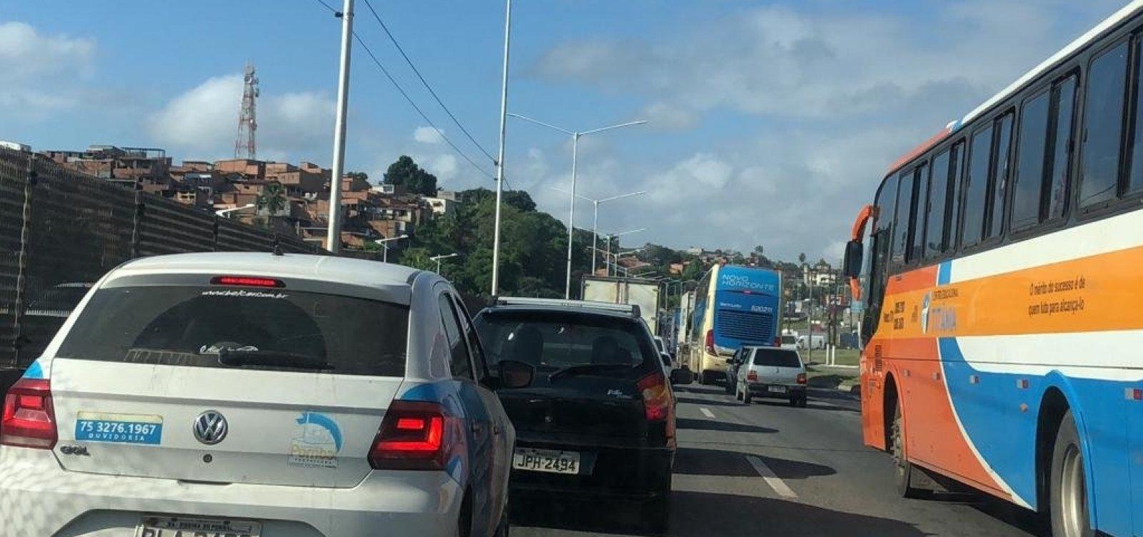 Região Metropolitana de Salvador amanhece com trânsito intenso