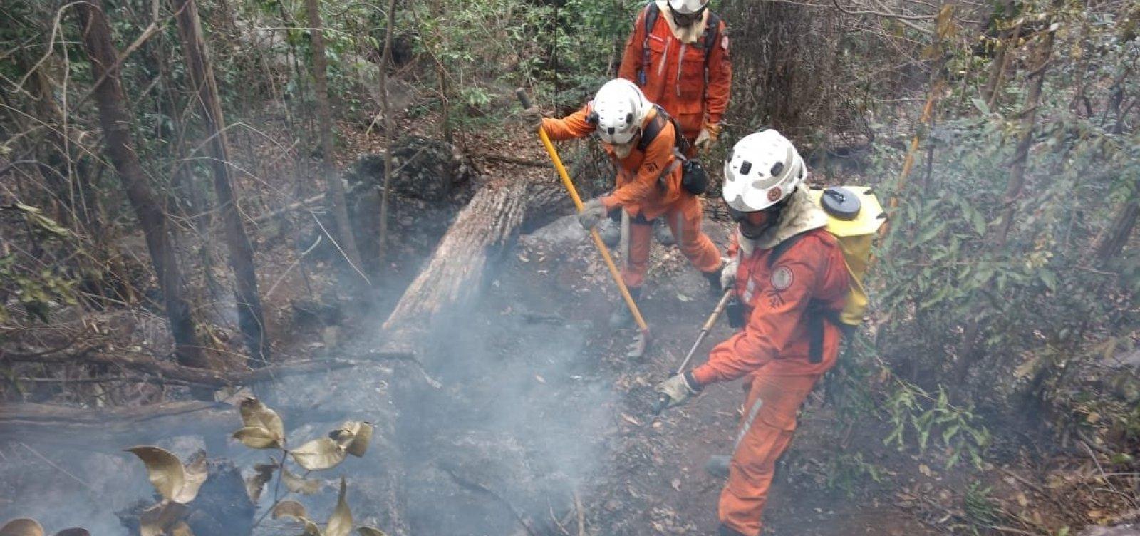 Após sete dias, incêndio na Serra das Almas ainda não foi controlado
