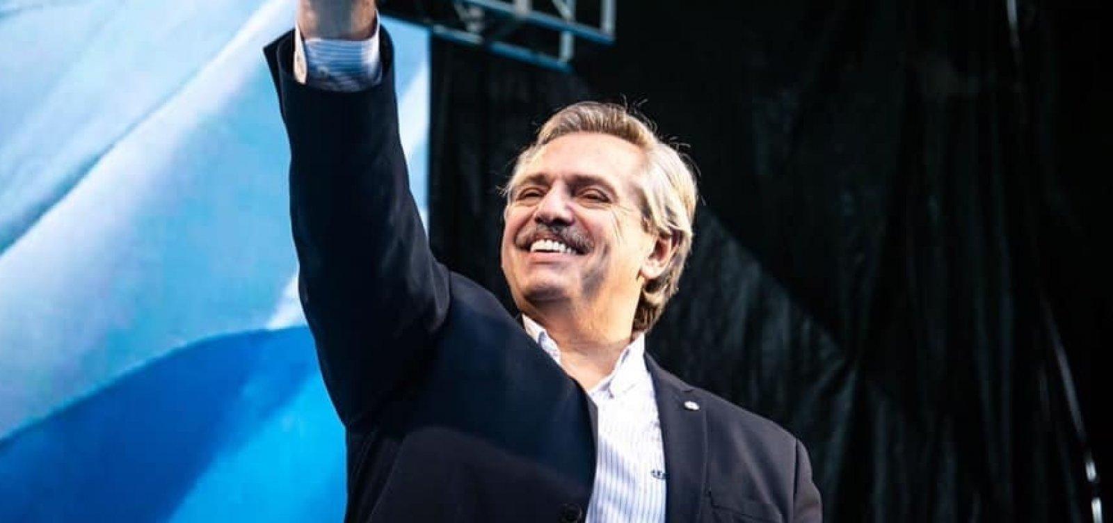 Após Bolsonaro rejeitar, Mourão irá à posse de Fernández na Argentina