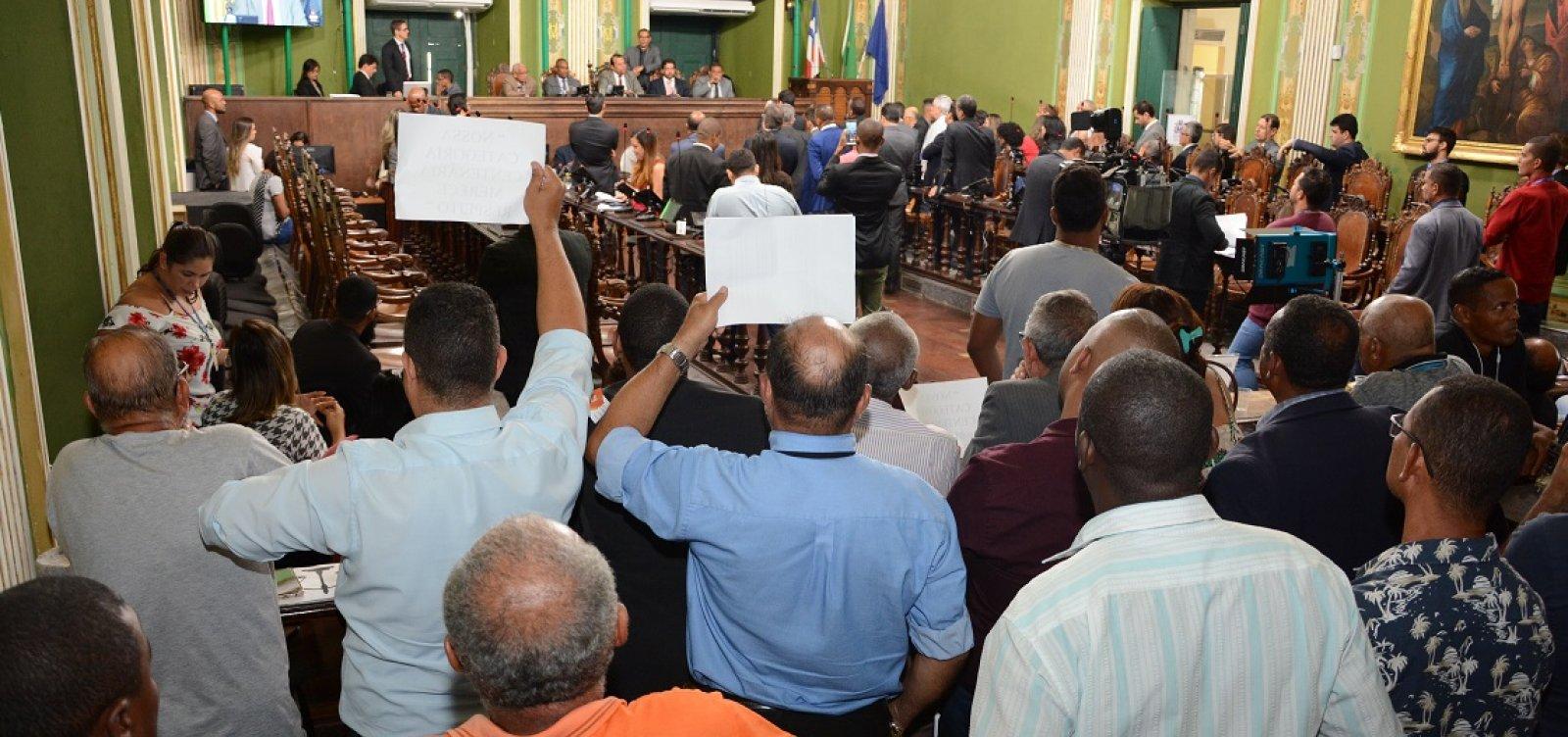 Câmara de Salvador adia votação de vetos a regulamento de transporte por aplicativo