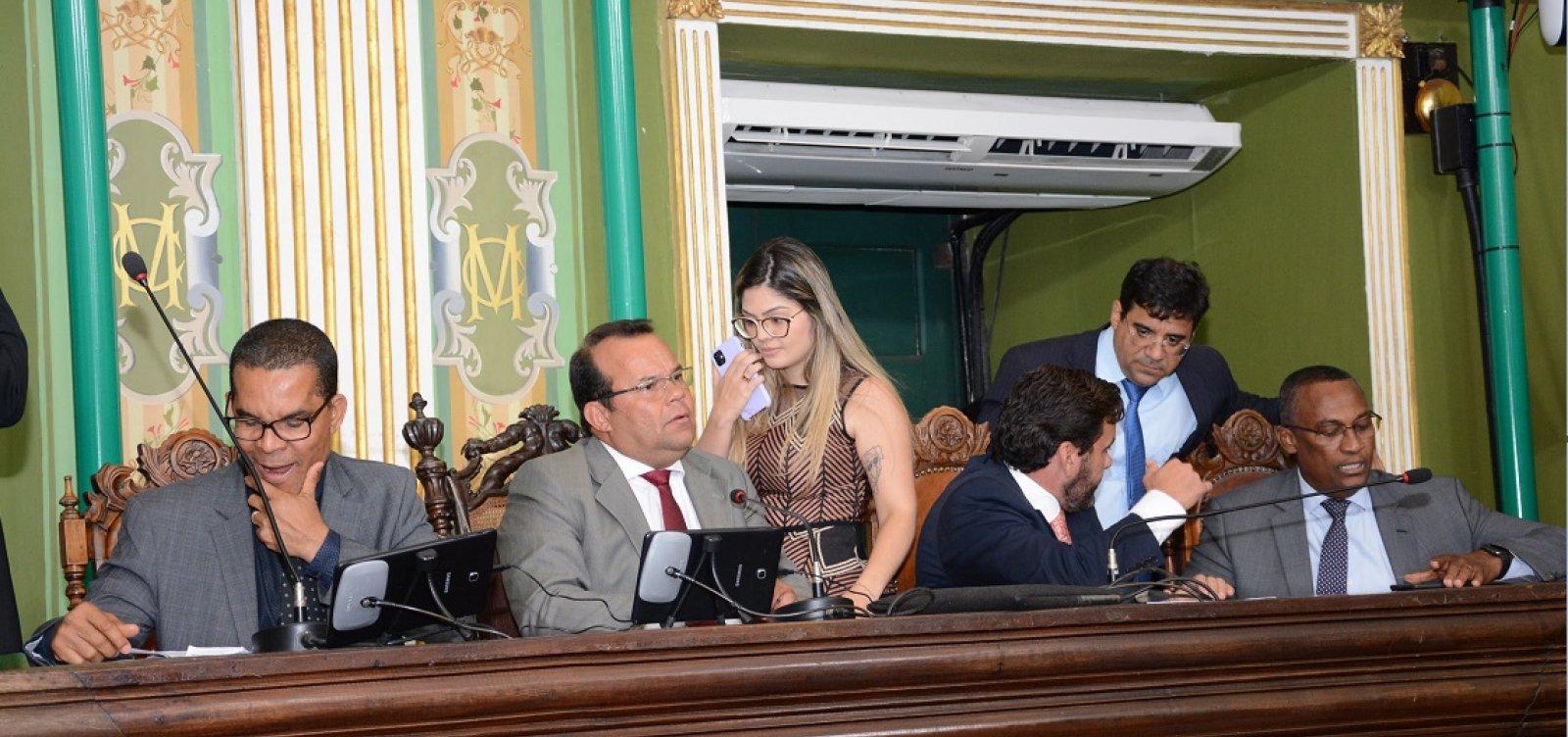 Câmara de Salvador mantém vetos de ACM Neto a regulamento do Uber