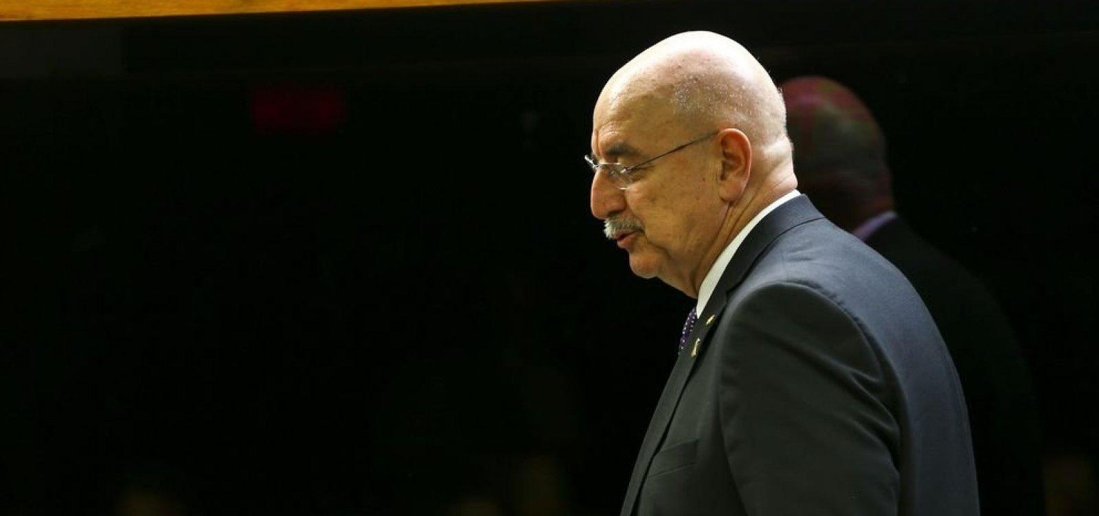 Planalto recua e manda ministro representar Bolsonaro em posse de presidente da Argentina