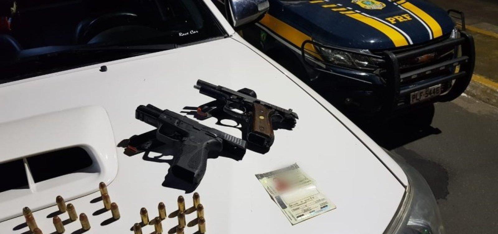 Após abordagem, PRF apreende armas e munições; suspeitos conseguiram fugir