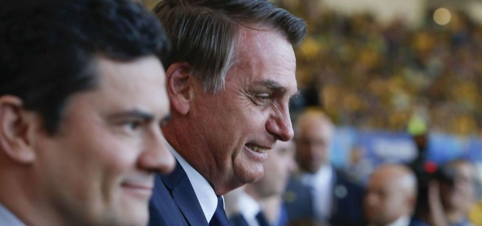 Bolsonaro diz que trabalho de Moro como juiz o levou à Presidência