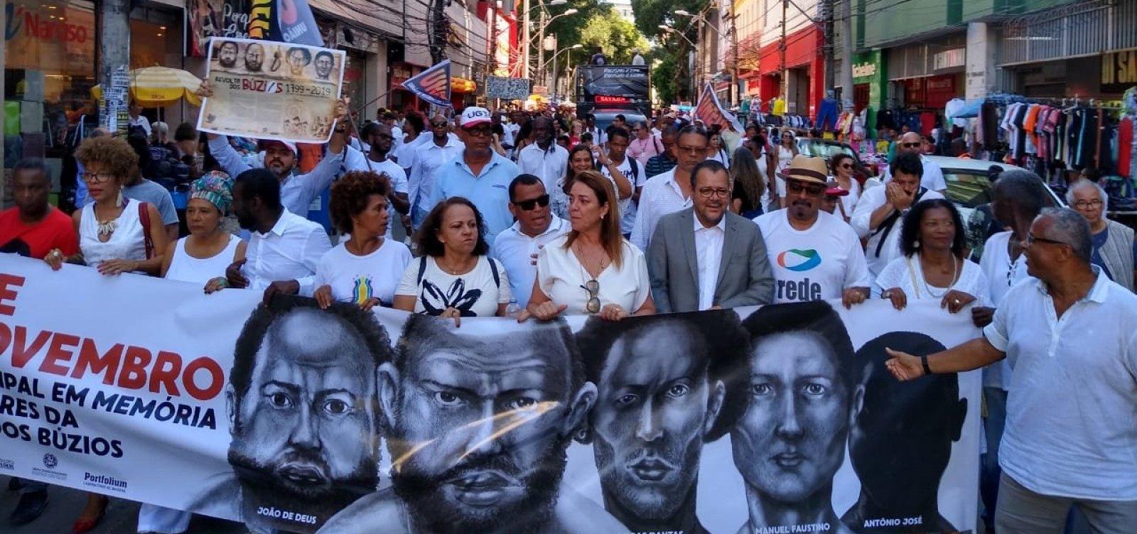 Caminhada do Dia da Memória dos Mártires dos Búzios ocupa Avenida Sete
