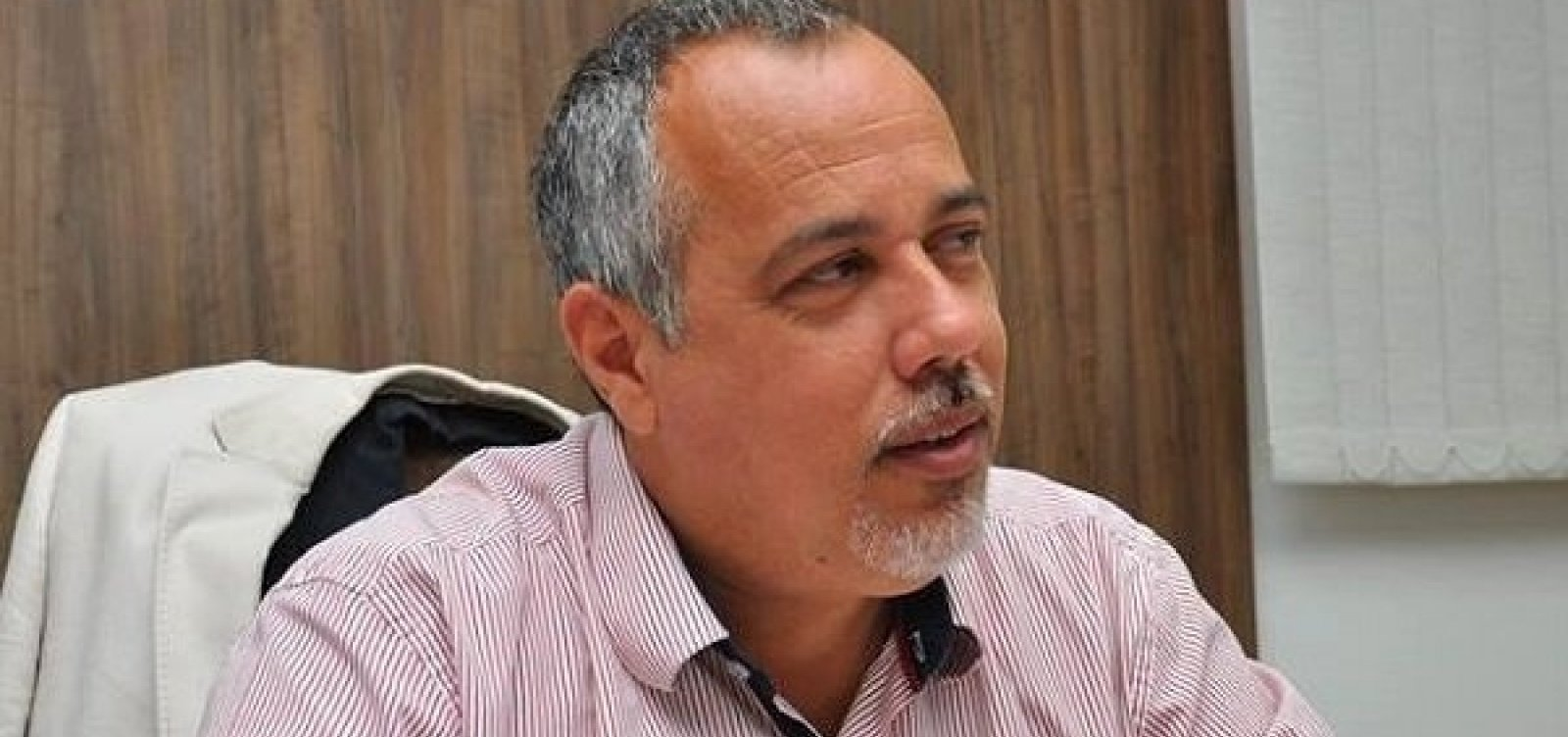 TCM multa ex-prefeito de Lauro de Freitas