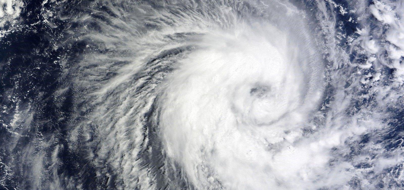 Ciclone Bulbul atinge Bangladesh e Índia; 13 pessoas morreram