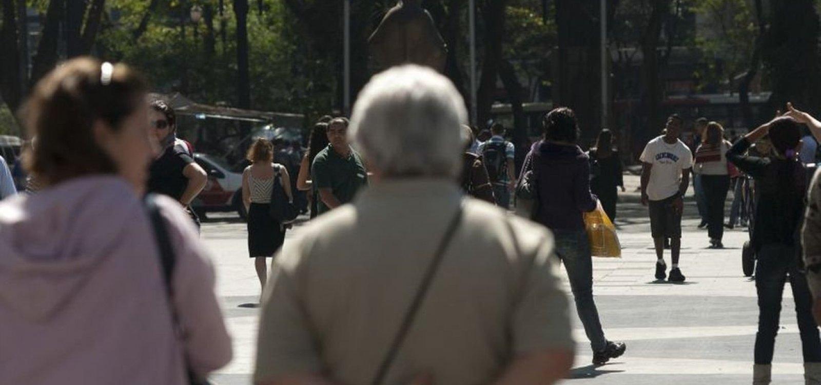 Governo recua e retira pessoas de 55 anos de programa de incentivo ao emprego