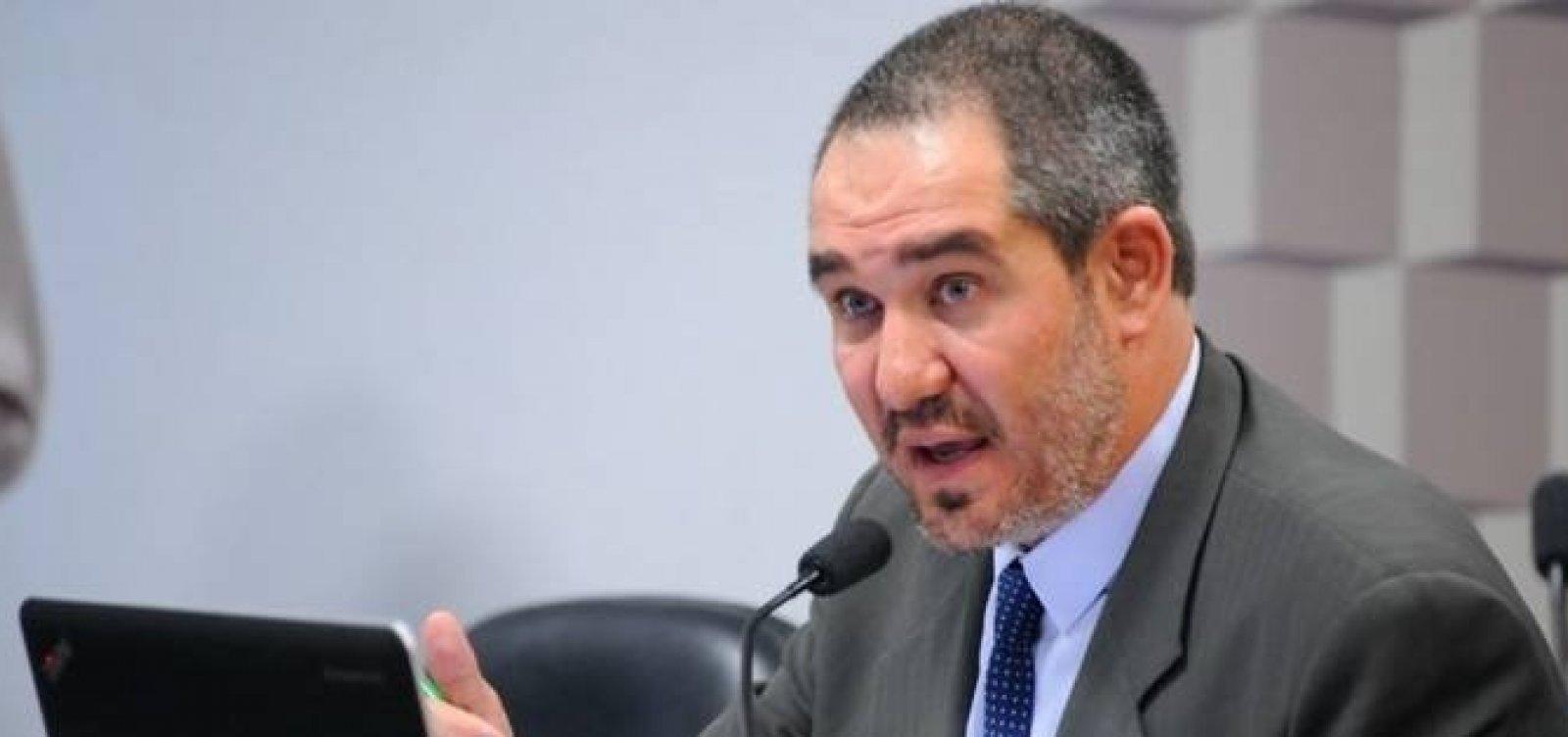 Presidente afastado da Ancine renuncia ao cargo