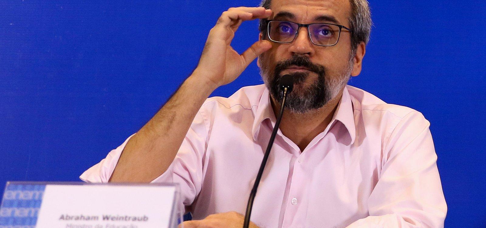 Ministro da Educação diz que feriado da República é 'infâmia contra Pedro II'