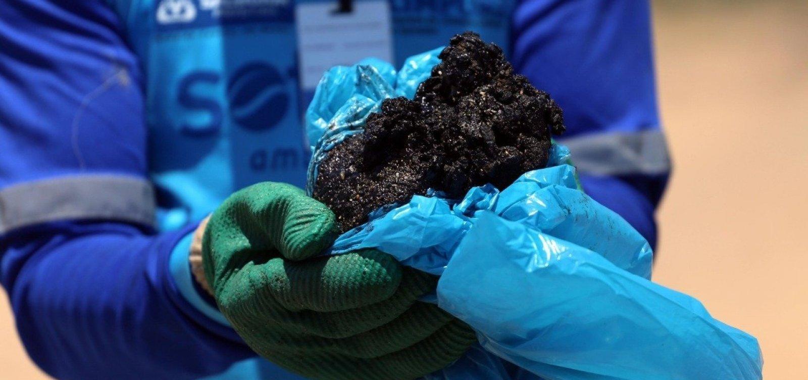 Universidade detecta navio que pode ser responsável por vazamento de óleo
